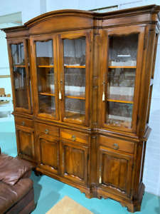 G50005 French Style Large Ornate China Cabinet Display Cupboard Sideboard