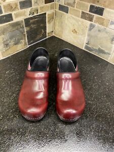 Dansko Women's Clog Burgundy Leather Sz 41 Professional Work Shoes