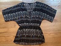 Logix Women Brown Neutral Pattern Short Sleeve Button Down Blouse Top Size Small