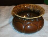 BROWN UNMARKED MCCOY SPITTOME OR BROWN VASE