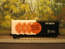 MICRO_TRAINS N SCALE #74020 40' STD. BOX CAR PLUG DOOR CP RAIL ORANGE EXPRESS