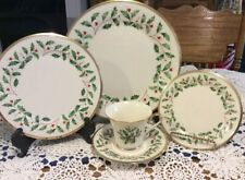 New ListingLenox Holiday 5 Piece Place Setting China Christmas Dishes Gold Trim New In Box