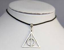 Harry Potter The Deathly Hallows Collar Con Colgante Piel Auténtica Negra Cordón