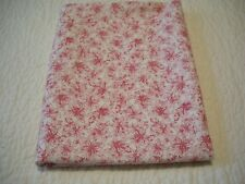 NEW 1 YRD 34 INCHES X 44 INCHES WIDE RED POINSETTIA ON WHITE FABRIC