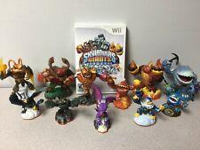 Wii - Skylanders: Giants - Game & 11 Characters - good condition