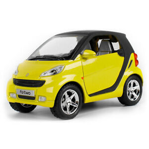 1:24 Smart ForTwo Model Car Diecast Toy Vehicle Sound & Light Yellow Kids Gift