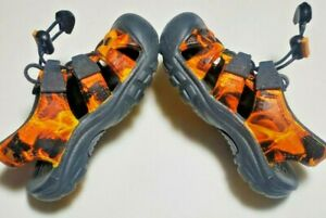Keen Sunport Sandals Water Shoes Size 6 Boys Girls Fire Flame Waterproof Toggle