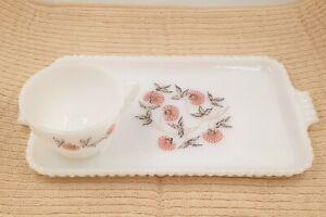 """Vintage Fire King """"Pink Fleurette"""" Milk Glass Snack Plates & Cups Set Lot of 5"""