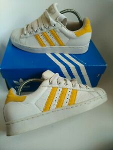 ADIDAS SUPERSTAR TRAINERS  size 6 WHITE  LEATHER 2002 genuine