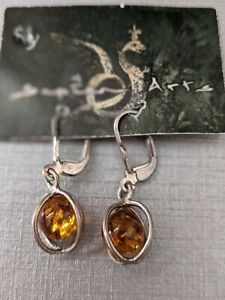 BALTIC AMBER EARRINGS  IN SILVER  SETTING  STUNNING  NEW