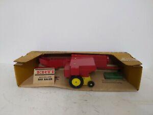 Ertl New Holland Toy Hay Baler 1/16 Scale, NIB