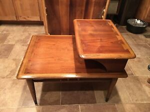 Vintage Walnut Lane Mid-Century Modern Dovetailed Inlaid 2-Tier Side End Table