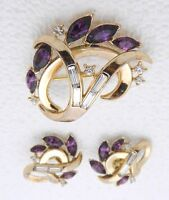 VTG 1940s CROWN TRIFARI Purple Rhinestone Flower Wreath Brooch Earrings