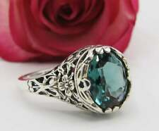 intricate Floral Filigree Settiing Ring Gorgeous Antique Design 1.60ctw Emerald