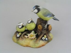 ROYAL CROWN DERBY BLUE TIT AND CHICKS FIGURINE.
