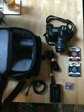 Nikon D D70s 6.1MP Digital SLR Camera (Kit w/ AF-S DX 18-55mm Lens) + Case
