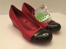 Womens CROCS Cap Toe Wedge Heels Shoes Size 6 NWT