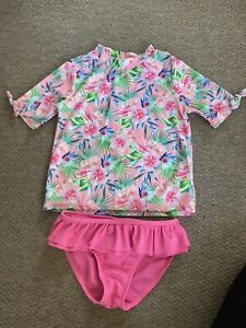 Girls swim shorts and top Age 6-7