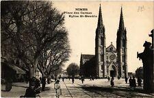 CPA  Nimes - Place des Carmes -Eglise St-Baudile    (581988)