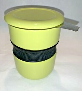 FORLIFE Curve Asian Style Tea Cup with Infuser & Lid CHARTREUSE Mug 12 oz