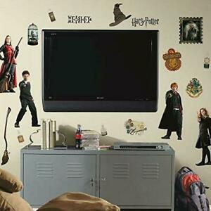RoomMates RMK1547SCS Harry Potter Peel and Stick Wall Decals