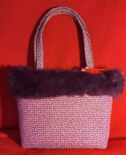 L&C STYLE INTERNATIONAL HAND BAG, FABRIC PURPLE WITH FAUX FUR