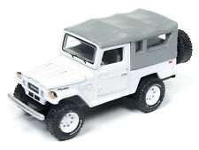 Johnny Lightning Toyota Land Cruiser 1980 White with Softtop JLSP004 1/64