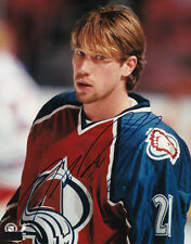 PETER FORSBERG~OLYMPIC AND WORLD CHAMP AUTOGRAPHED  8 X 10 PHOTO COA OLD PRO