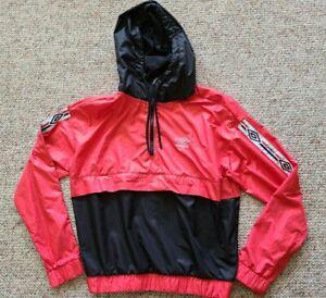 Umbro Vintage Half Zip Pull Over Hooded Windbreaker Men's Red Black Sz Medium