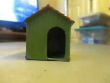 BRITAINS DOG HOUSE SOME PAINT CHIPS VG CONDITION