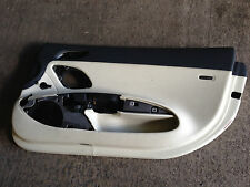AUDI R8 COUPE 07-12 RIGHT LEATHER BEIGE & BLACK DOOR CARD PANEL TRIM 424867108A