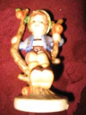 APPLE TREE BOY HUMMEL #142 3/0  TMK #5