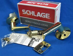 SCHLAGE - Polished Brass - Closet Hall Passage Door Lever Set - F10N LEV 605