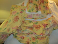 Preowned Yellow & Red CUDDLEDOWN Maine Floral Fitted King Sheet, King Bedskirt