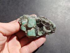 Émeraude sur gangue de Namibie 800 ct / pierre précieuse / minéraux / beryl