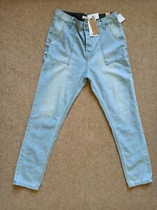 """Roxy Jeans For Men: 28"""" Waist Relaxed Fit Light Blue"""