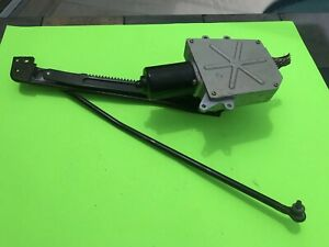 2004-11 NISSAN ARMADA QUEST INFINITI QX56 POWER TAIL GATE PULL UP DOWN MOTOR OEM