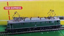 Bemalte Modellbahnloks der Spur H0 aus Weißmetall für Gleichstrom