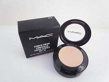 MAC Studio Finish Concealer SPF35 NC15 new in box