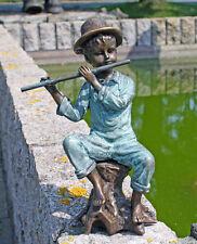 Bronzeskulptur, Junge mit Flöte, Dekoration für Haus und Garten