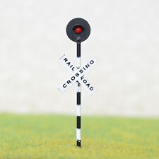 2 x HO Scale Railroad crossing signal light one target with flashing red led