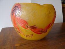 Ancien vase en pate de verre signé LEGRAS