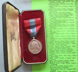 Imperial Service Medal (QEII) Robert Flitton, Postman, London Postal Region