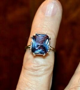 7.87+CT WOMAN S RING.RUSSIAN WELL TEST REAL LAB GROWN ALEXANDRITE