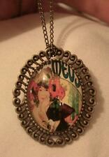 Lovely Swirl Rim Brasstone 1920s Pin Up Girl Poppy Flowers Necklace Brooch Pin