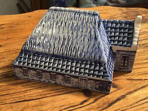 Delfts Blue 1550 Friesland House. 1 Of 12. Kop Romp Borerderij