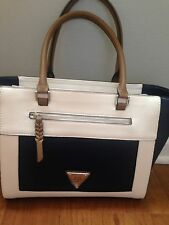 GUESS AIRLIA NAVY MULTI HANDBAG