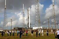 SpaceX Falcon 9 rocket ready to boost Dragon capsule to International Space Stn