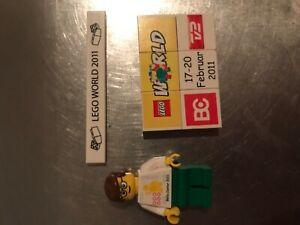LEGO WORLD Copenhagen 2011 figure, puzzl and bar
