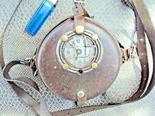 ancienne pointeuse mouchard detect 100 dans son étui  en cuir armée,SNCF etc